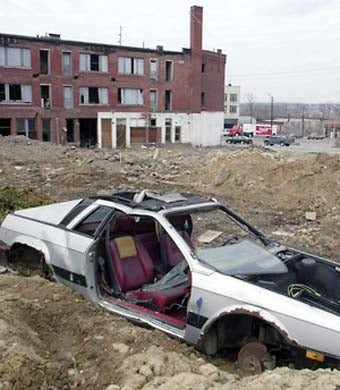 Abandoned Lancia Scorpion Makes Youngstown, Ohio 15th Most Dangerous City In America