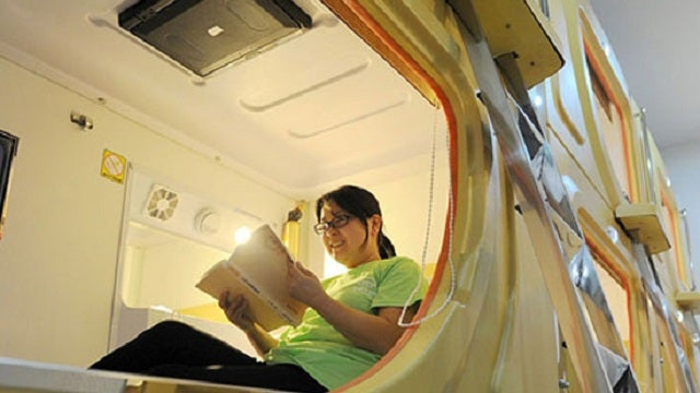 Chinese capsule hotel lets you pretend you're sleeping in space (minus the microgravity)