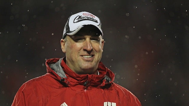 Wisconsin Football Coach Didn't Know The President Of The United States Was On His Campus