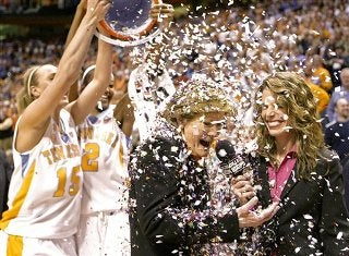 Pat Summitt Reaches 1,000 Victories, Inspires A New Generation Of Coaches