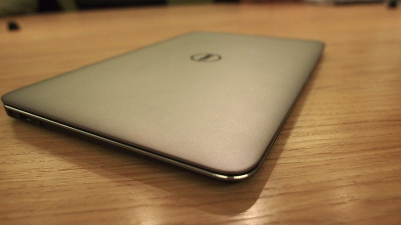 Dell XPS 13: A Carbon Fiber Ass Makes This Ultrabook Light and Sturdy