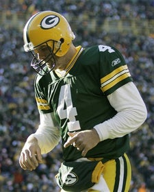 Your Last Night Of MNF Brett Favre Backrubbing