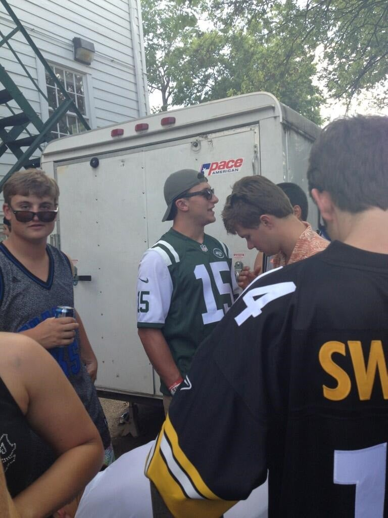 Now Johnny Manziel Is Wearing A Tebow Jersey At A Texas Frat Party
