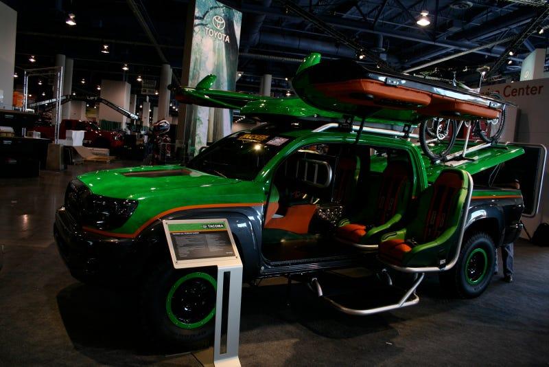 Toyota All-Terrain Gamer XBOX Tacoma: SEMA Photos