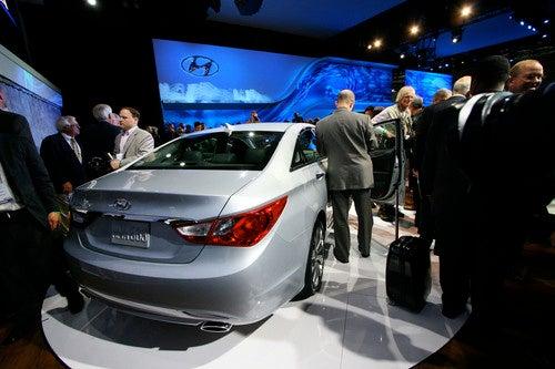 2011 Hyundai Sonata Gallery: L.A. Show