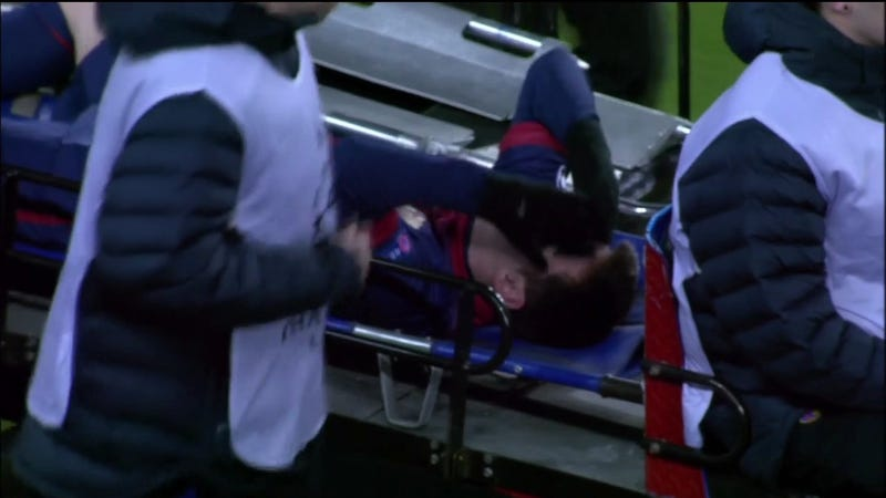 Lionel Messi Suffers Knee Injury In Meaningless Match; Run At Breaking Goals-In-A-Year Record May Be Over [UPDATE]