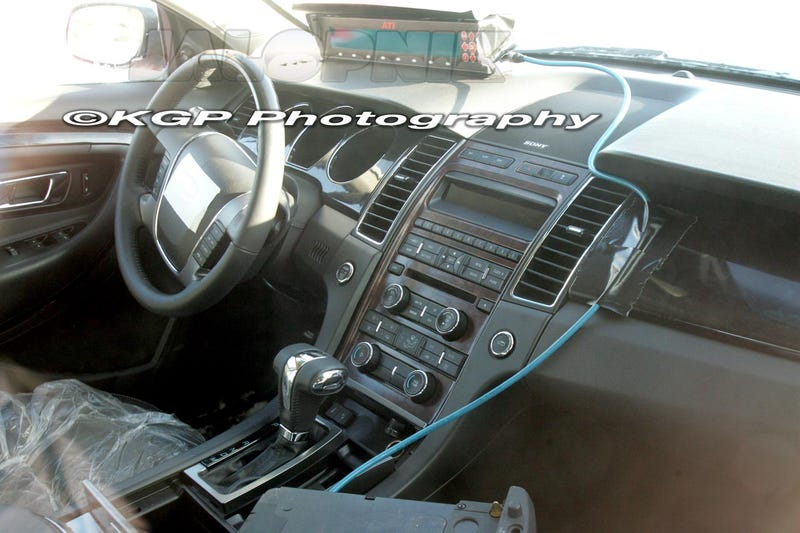2010 Ford Taurus: First Look Inside!