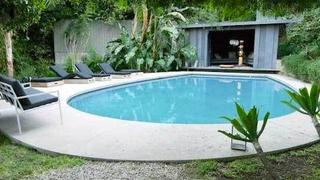 Jake Gyllenhaal's $3 Million Pool Is the Crisp White Sneaker of Pools