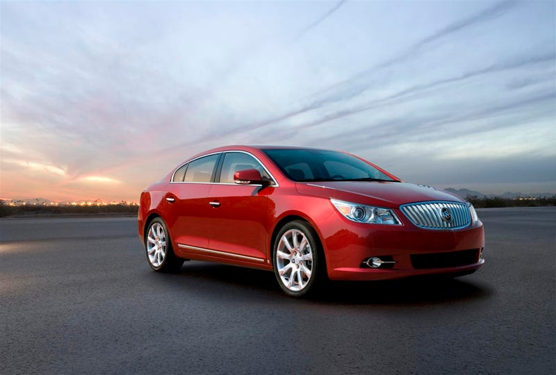 2010 Buick Allure: Like The LaCrosse, Except More Canadian