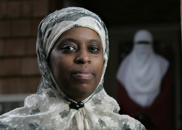 Woman Sues Over Hijab Arrest