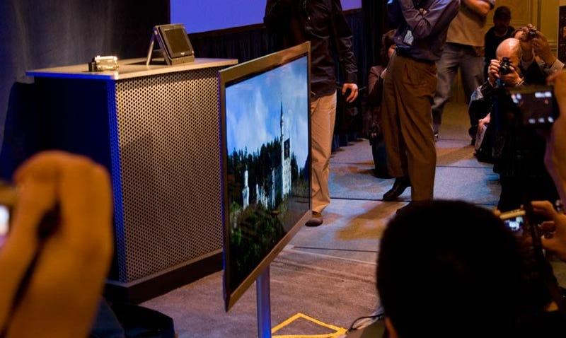 The New World's Thinnest Plasma: Panasonic NeoPDP