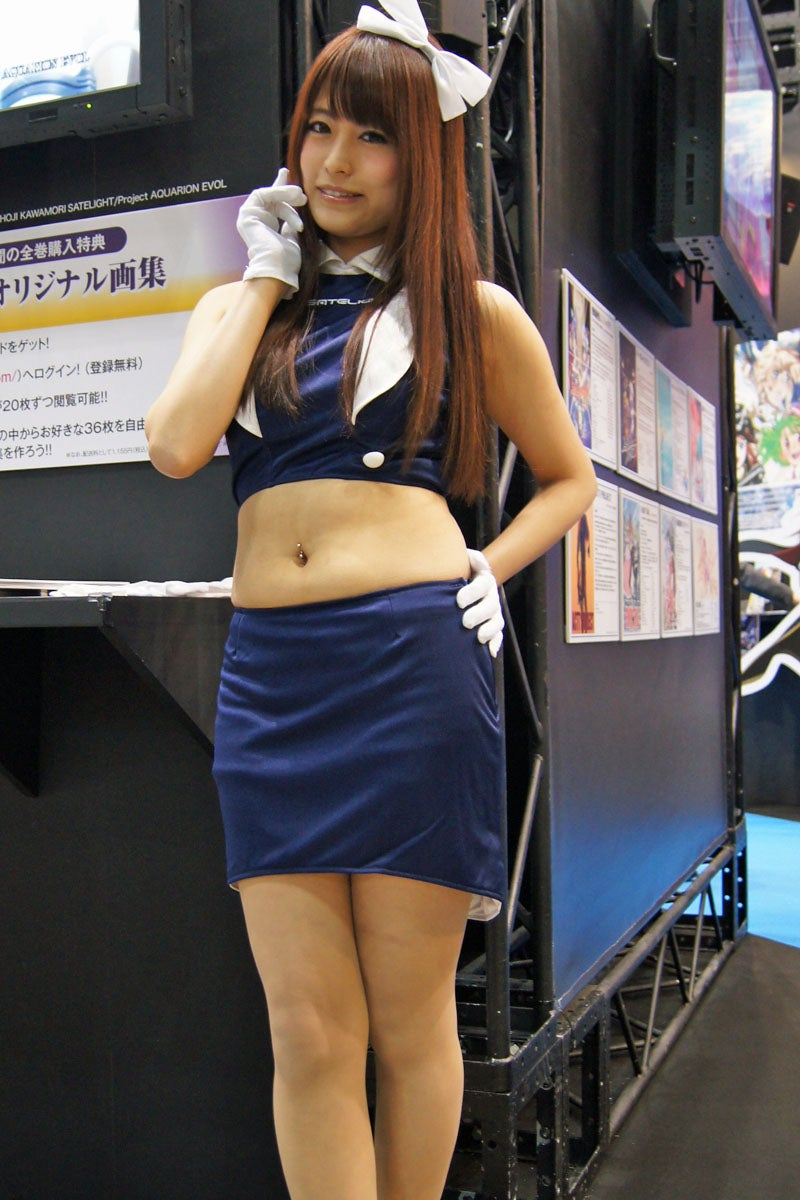 The 2D and 3D Ladies of the Tokyo International Anime Fair