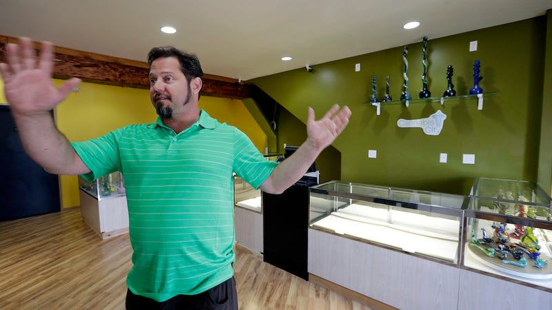 Washington's First Weed Shops Will Open Tomorrow, Sell Out in Hours