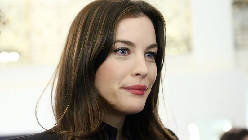 Liv Tyler Can't Help But Look at Justin Theroux's Sweatpants Bulge