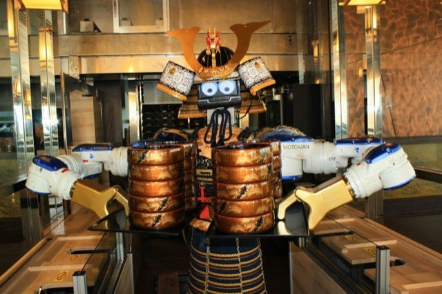 Check Out Thailand's Samurai Robot Restaurant