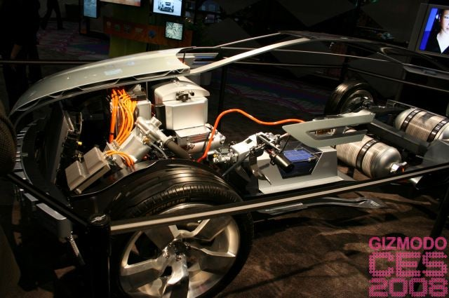 First Shots Under The Hood of the Chevy Volt Hydrogen