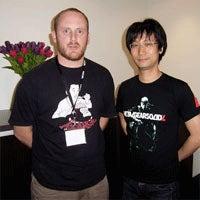 Kojima Signing MGS 4 Sleeves At London HMV