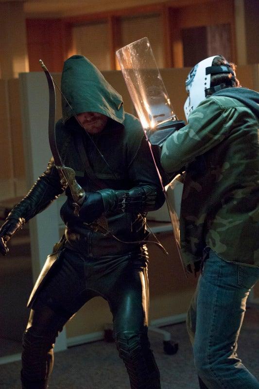 Arrow Episode 1.06