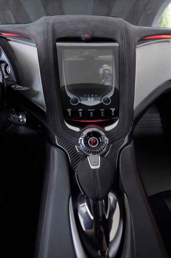 Corvette Stingray Concept: Interior