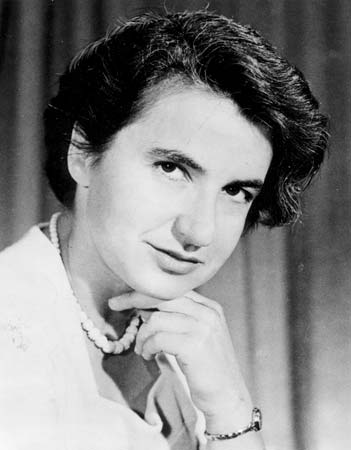 The Woman Who Discovered DNA's Double Helix May Get a Much-Deserved Biopic