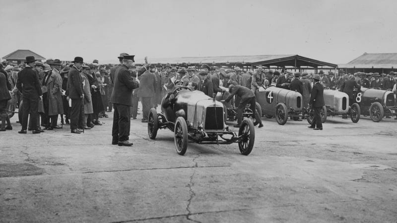 The First 40 Years Of Motor Racing