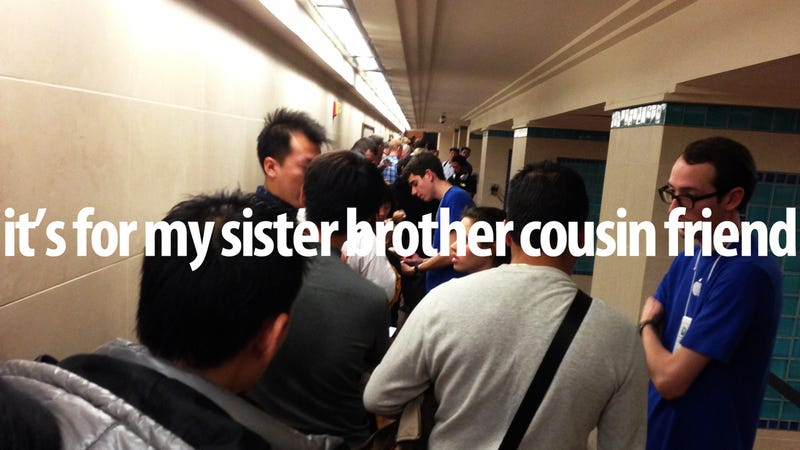 Exclusive Interview With Chinese People Who Are Totally Not in iPad Reselling Ring