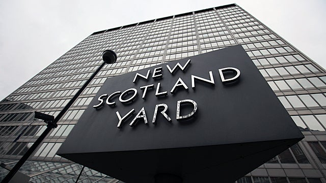 British Cops Want the Guardian to Give Up the Source Who Ruined Everything For Them