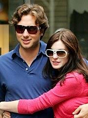 How Anne Hathaway's Boyfriend Got Clinton To Underwrite Their Fabulous Romance