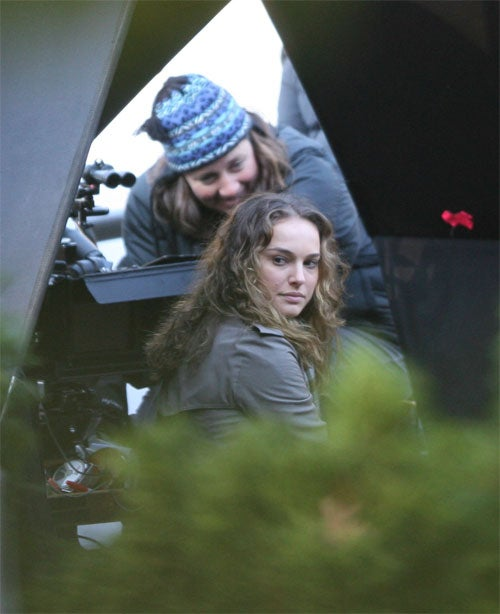 Natalie Portman Would Like To Wash The Knits Right Out Of Her Hair