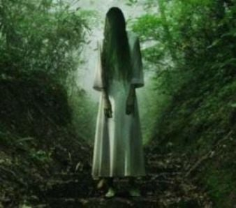 "Why are there so many ghost stories about a ""woman in white""?"