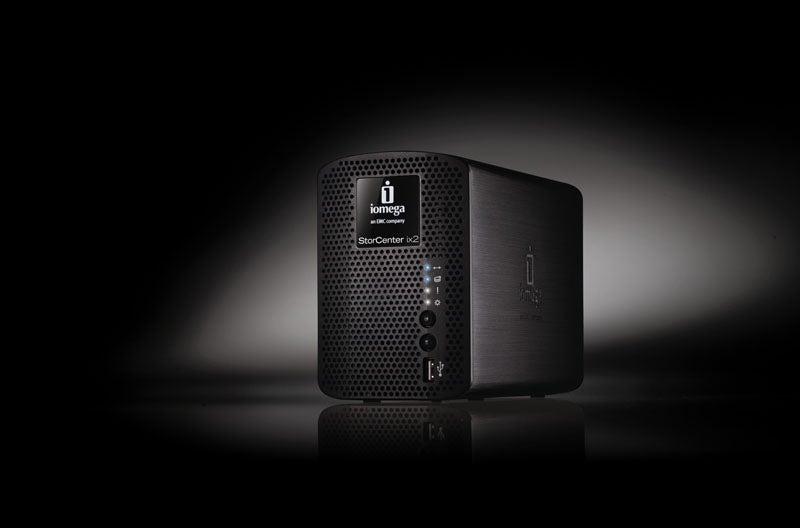 Iomega's StorCenter ix2-200 NAS Has Bluetooth, Time Machine, Chubby Exterior