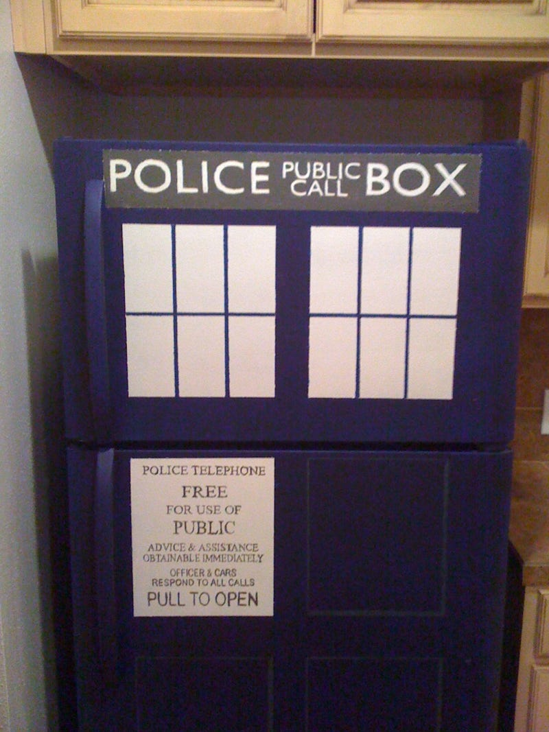 TARDIS Refrigerator will keep your fish sticks and custard fresh