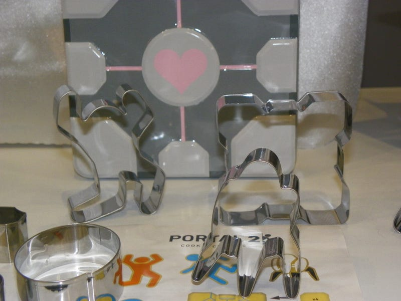 Make Your Spud an Aperture Potato with These Portal 2 Toys