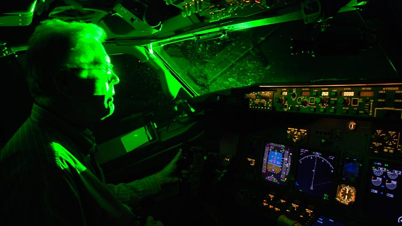 Earn $10,000 By Ratting On Friends Who Point Lasers At Aircraft
