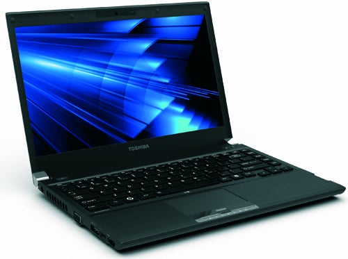 Toshiba Portégé R700 Laptop: Light As a Feather, Strong Like Bull