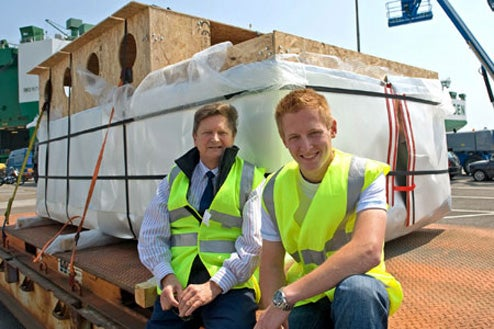 22-Year-Old Set To Sail The Mississippi On a Boat Made From Juice Cartons