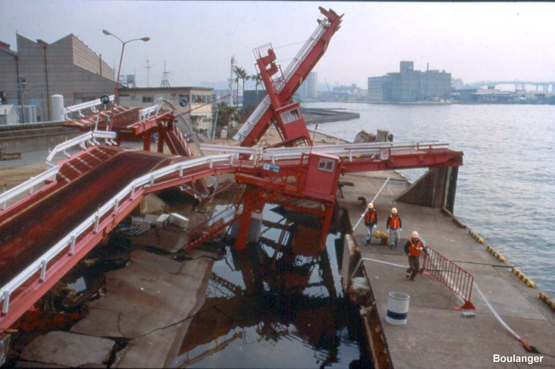 The Best Collection of Engineering Disaster Photos You've Ever Seen