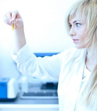 L'Oreal Lets Us Know That Some Women Are Pretty Into Science