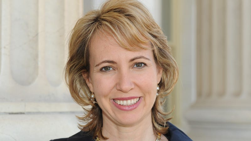 Gabrielle Giffords Is Playing With an iPad