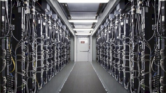 Why Google Needs to Peep at the World's Most Efficient Data Center