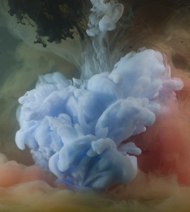 These Rainbow Clouds Made From Pigment in Water Are Stunning