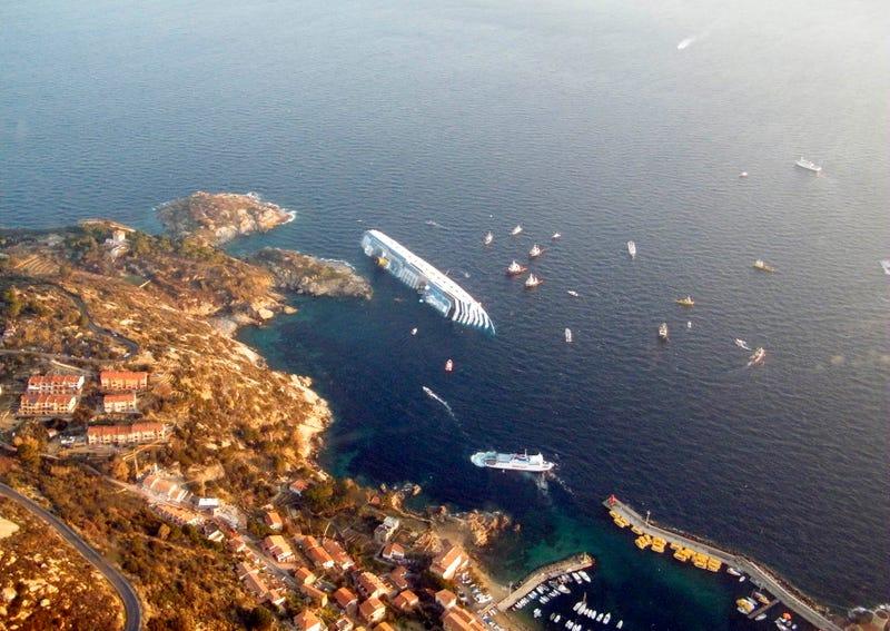 Incredible Hi-Res Costa Concordia Photos Reveal Captain's Insanity