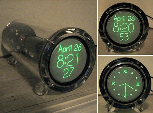 Scope Clock Puts The Cathode Ray Tube Back in Time-Telling