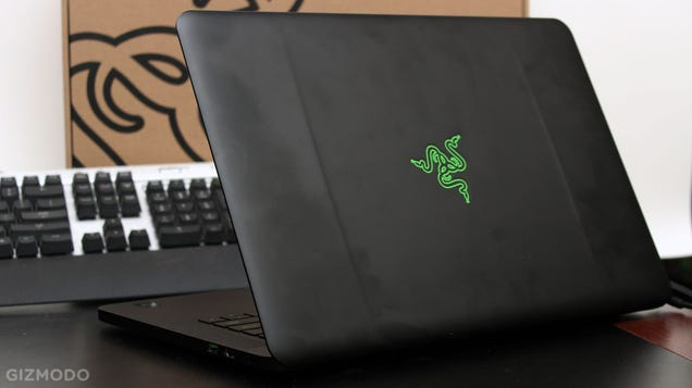 Razer Blade 2015 Review: Finally Living the Thin Gaming Laptop Dream