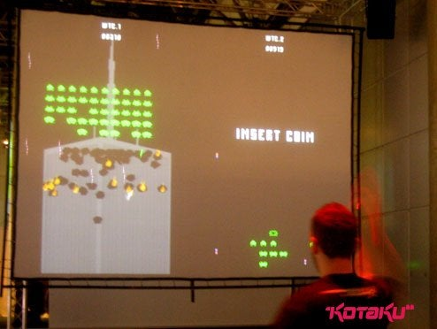 Hands-On: Losing The Twin Towers With Invaders!