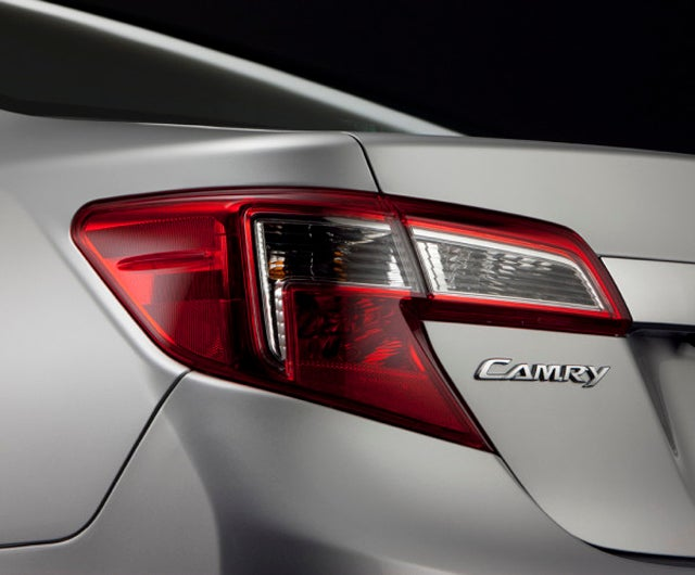 New Toyota Camry photo arrives, stock markets resume free fall