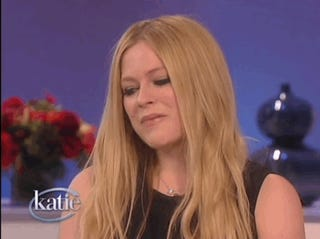 Avril Lavigne's Insane Diamond Ring, Brought to You By Nickelback