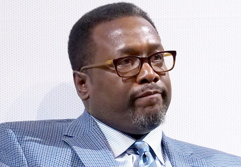 Eyewitness Says The Wire's Wendell Pierce Charged Into Hotel Room in Fight Over Bernie Sanders
