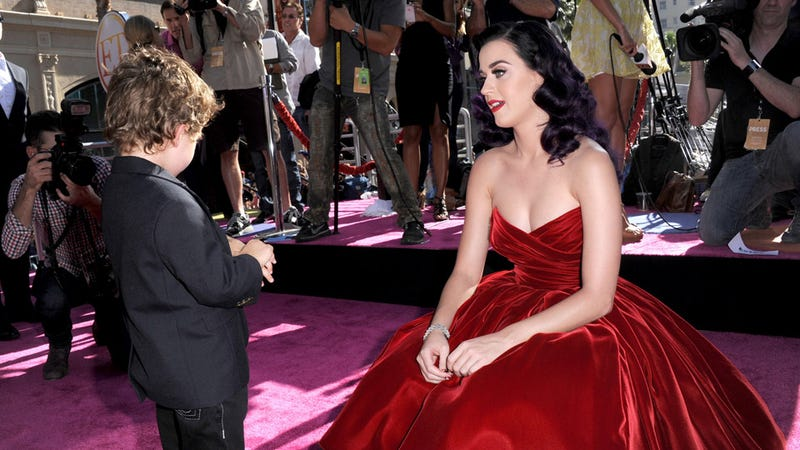 Katy Perry Makes Small Talk With Small Boy