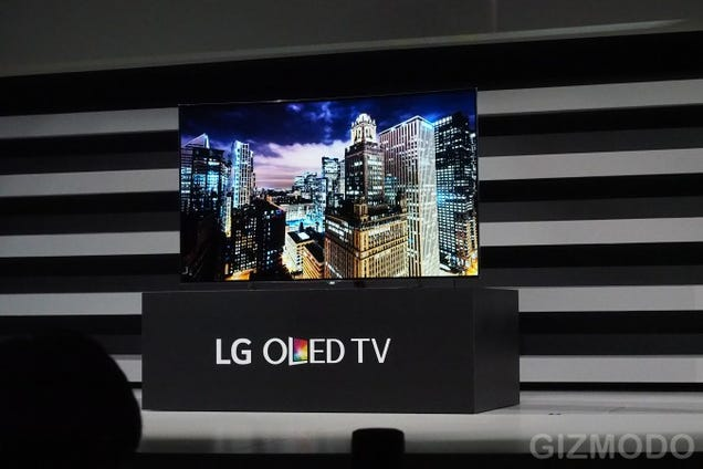 LG's Got Seven Beautiful New 4K OLED TVs, Including 77-Inch Flexible TV
